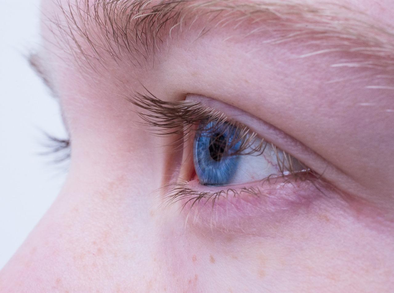 Co warto wiedzieć o kroplach do oczu?